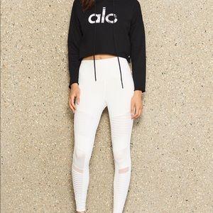 White ALO yoga MOTO XS worn twice Great condition
